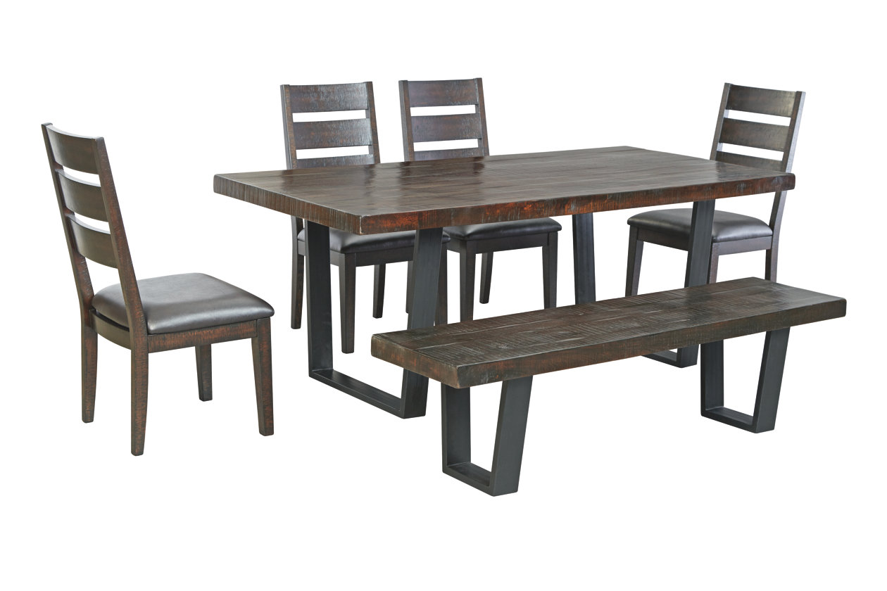 Parlone Dining Table (D721)